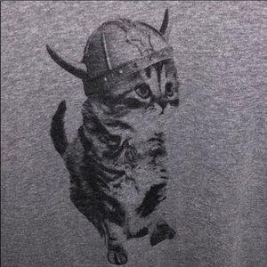 Grey kitten w/ Viking helmet t-shirt